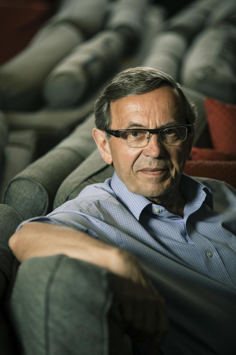 Jean-Yves Mollier, professeur émérite d'histoire, intervenant lors de la Journée d'Etude